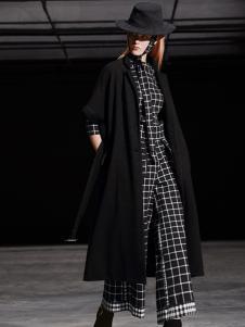 缘尚儿女装黑色时尚大衣