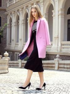 素帛女装粉色休闲大衣