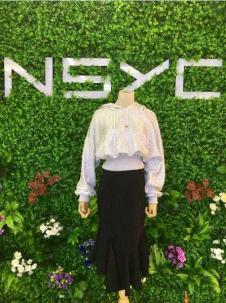 NSYC女装白色休闲T恤