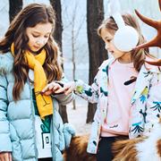 水孩儿童装,让宝贝们成为秋季林荫道上的时尚潮童!