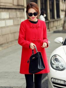 X-RUI女装红色圆领大衣
