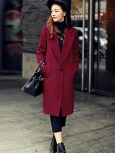 X-RUI女装红色时尚大衣