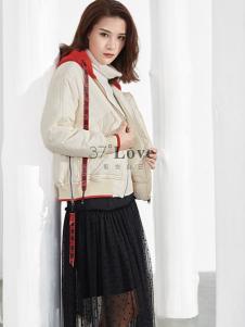 37°love18新款白色短款羽绒服