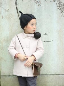 蚌蚌唐童装白色时尚外套