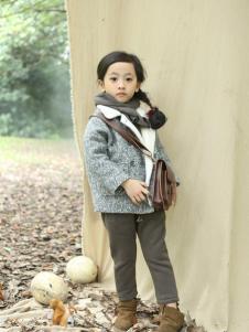 蚌蚌唐童装灰色时尚毛呢外套