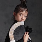 活力金秋 从这久久JOJO潮牌童装一套时尚卫衣开始!