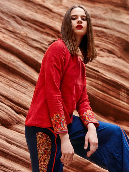 2018印巴文化女装红色刺绣上衣