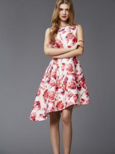 乔菲女装白色印花连衣裙