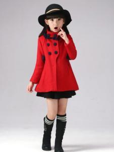 半橡皮童装红色高领外套