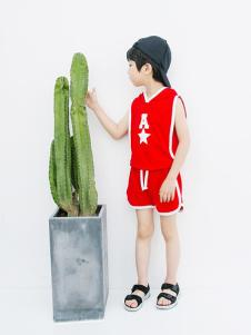 植木童装红色字母运动套装