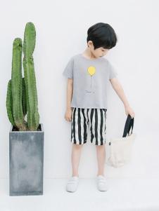 植木童装灰色时尚T恤