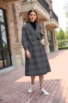 娅玛诗秋冬新款女装灰色时尚大衣
