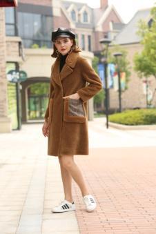 娅玛诗秋冬新款棕色休闲大衣