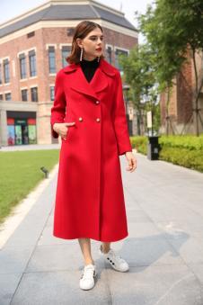 娅玛诗秋冬新款红色双排扣大衣