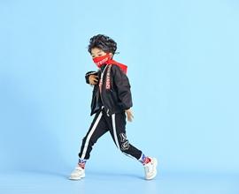 恭贺中国服装网协助安徽樊老板、河南商丘田老板成功加盟童心童趣童装!