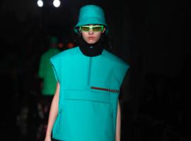 Prada的制胜关键离不开Linea Rossa系列的回归