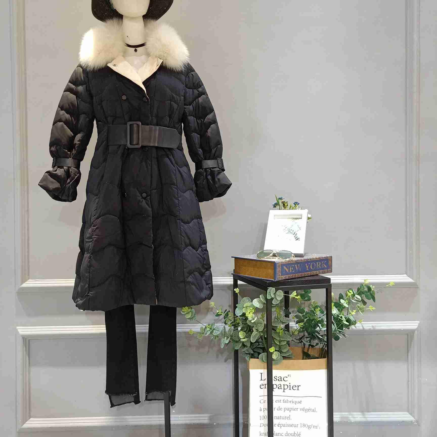 品牌折扣芭芭利亚轻薄羽绒服女装直销一手货源