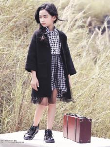快乐丘比女童黑色外套