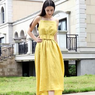 她之曲淑女精品女装针对18岁—30岁的年轻女性!