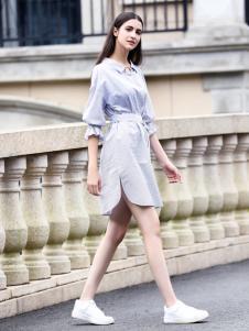 她之曲女装蓝色衬衫裙