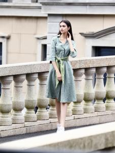 她之曲女装绿色衬衫裙