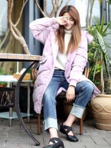 2018ZOLLE因为女装浅紫色羽绒服