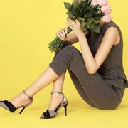 服装设计师网佐纳利 国内二线品牌女鞋有哪些好项目?