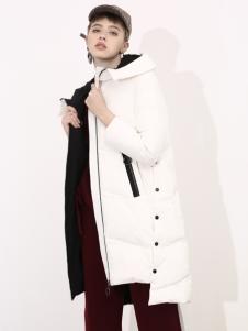 2018betu百图女装白色羽绒服