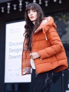 2018夺宝奇兵女装短款韩版羽绒服