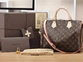 国内严打代购 LV、Gucci等母公司市值蒸发200亿