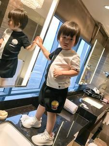 LSMMS童装黑白拼接T恤