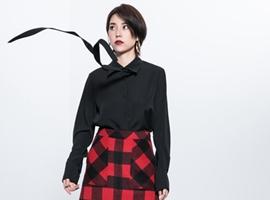 热烈祝贺中国服装网协助贵州谢总签约Ms.Leyna 设计师品牌女装!