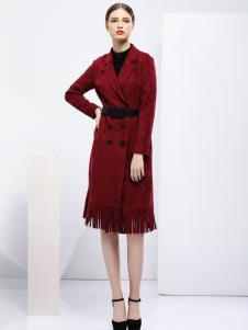 2018艺梦来女装红色修身大衣