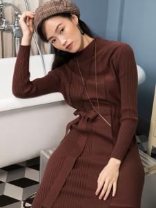 2018布根香女装咖啡色毛衣裙
