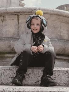 VISENIYA童装灰色外套