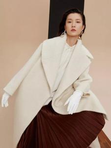 OVV女装白色休闲大衣