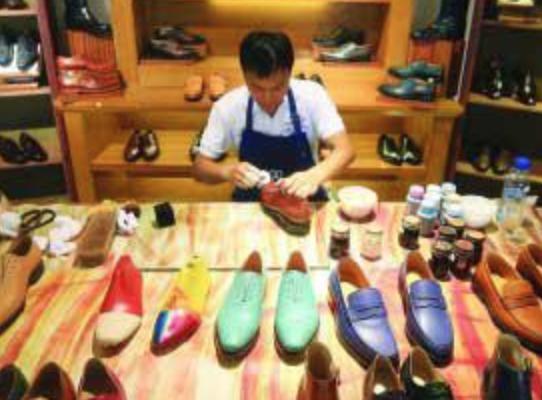 关税升级 东莞鞋厂老板们仍有底气:不接单价20美元以下生意