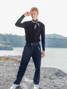 BZE男装黑色休闲T恤
