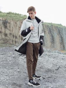 BZE男装白色时尚外套