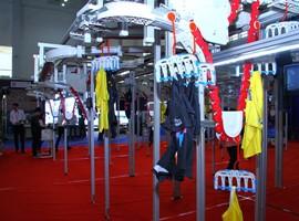 推动服企智能制造转型 圣瑞思悬挂系统亮相宁波服装节