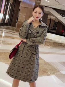 雨珊女装格子大衣