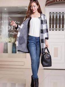 艾菲顿女装格子时尚休闲大衣