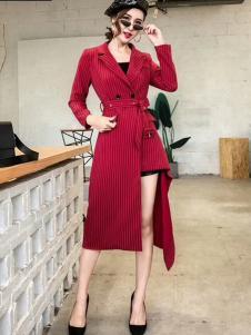 雨珊女装红色个性大衣