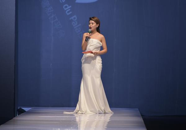 宁波国际时装周:女神之家时装秀诠释幸福感