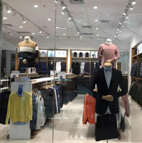 恭喜罗蒙新零售甘肃省武威市凉州迎宾路万达广场店盛大开业