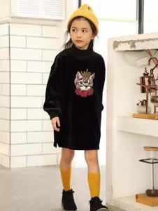 摩可童裝黑色卡通連衣裙