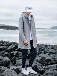 woog2005男装灰色中长款风衣