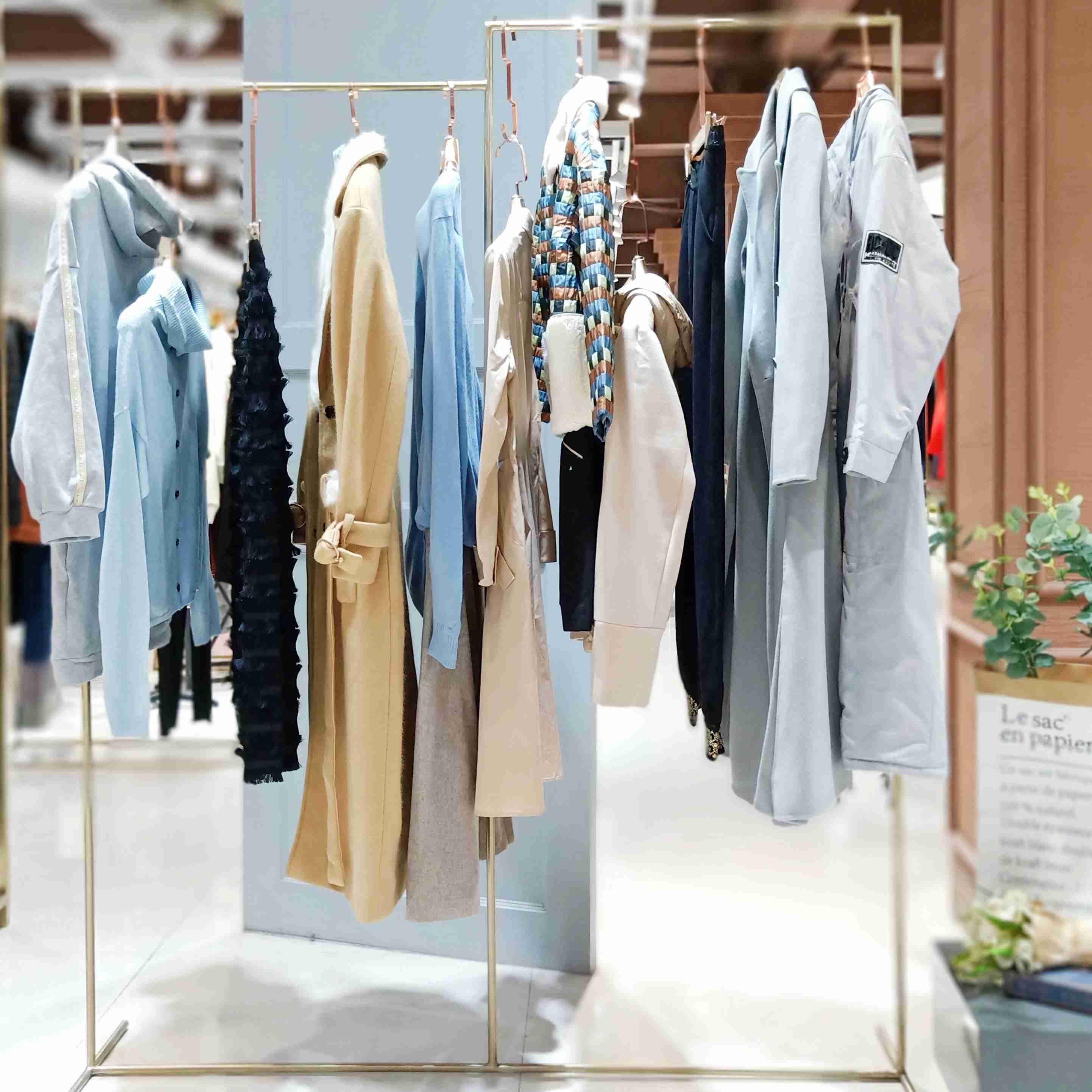 昆诗兰品牌折扣女装厂家直销货源批发