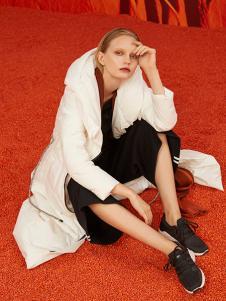 ZAIN女装白色休闲棉衣