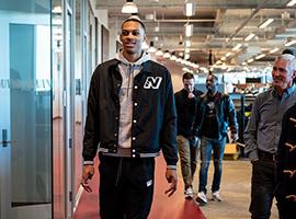 New Balance签约达里奥·巴兹利 宣布回归篮坛
